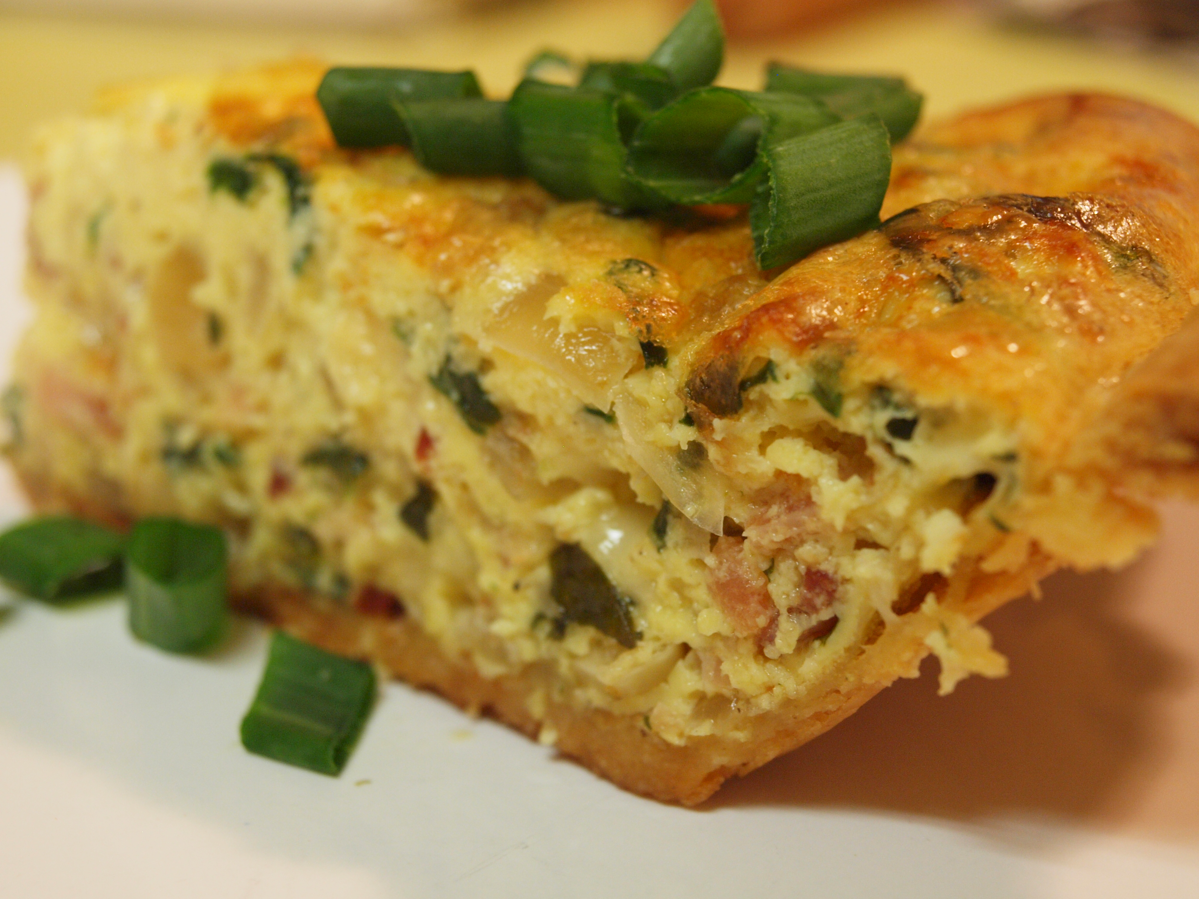 Amazing brunch recipe basil spinach quiche lorraine for Good quiche recipes easy